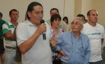 """Enrique Peñalba: """"Nos ofrecen un kilo de papas y medio de pan"""""""