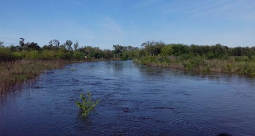 """""""El río sigue recibiendo agua en la cuenca alta"""""""