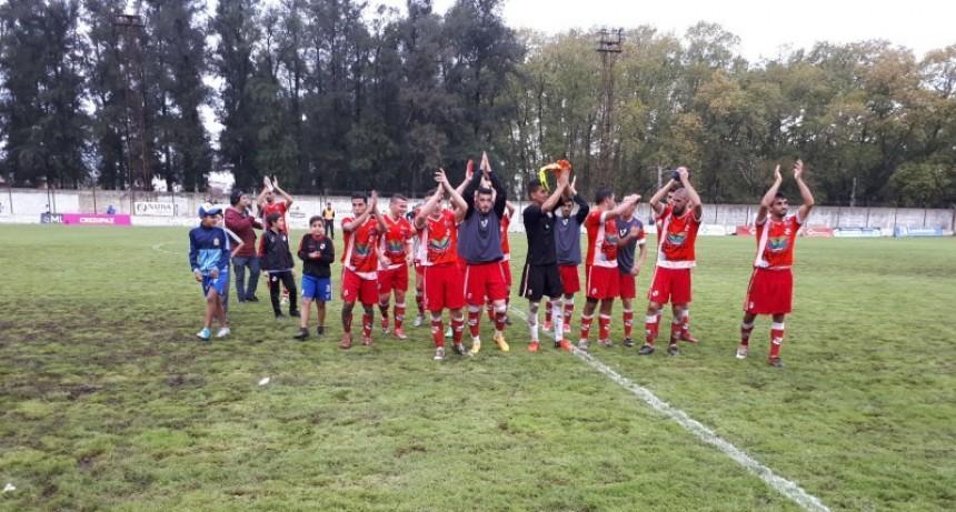 Luján ganó y pasó a semifinales