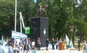 Se colocará un cofre del tiempo en el monumento a San Martín