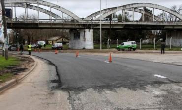 Circular con precaución por obras debajo del Puente de Control