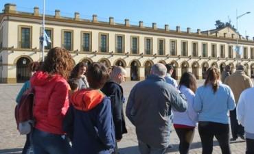 """Sábado de """"Caminata Urbana sobre Patrimonio e Historia Local"""""""