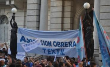 Textiles se manifestaron en defensa del trabajo