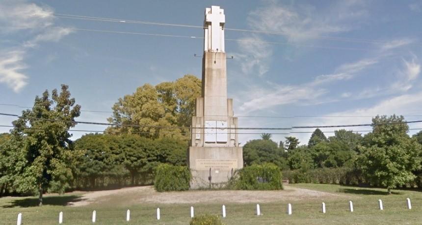 Luego del esfuerzo de los vecinos, roban y destrozan monumento a Don Julio Steverlynck