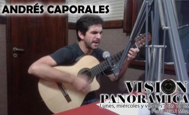 Linda charla y buena música con Andrés Caporales