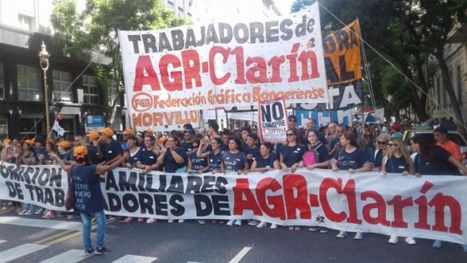 Con presencia lujanense, se movilizaron los 380 despedidos de AGR-Clarín