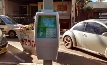 Estacionamiento medido: Concejales del FPV piden transparencia