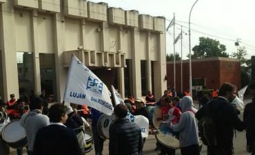 CONFLICTO EN CESPLL: Concejales repudiaron la detención del trabajador detenido