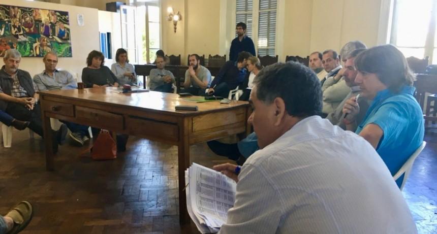 """""""Un presupuesto de ajuste para un Municipio quebrado"""""""