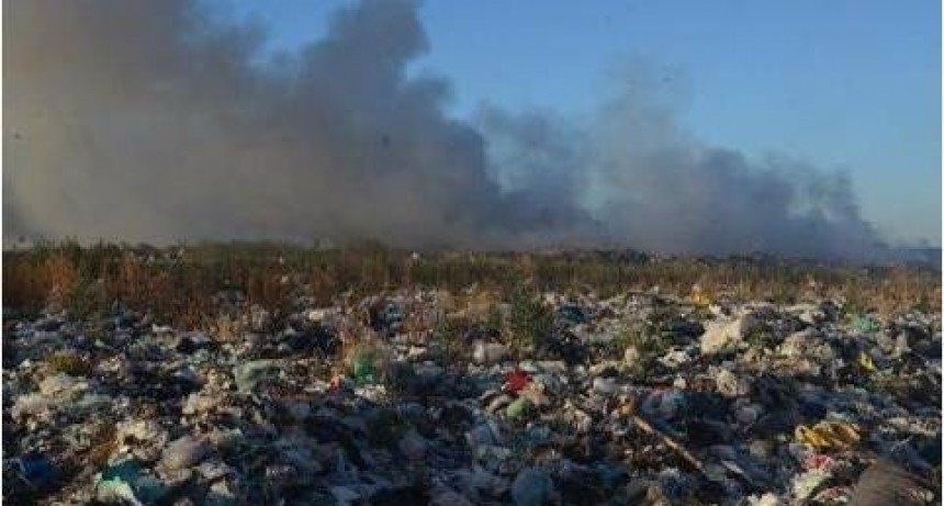 Nuevas denuncias por fuego en el basural