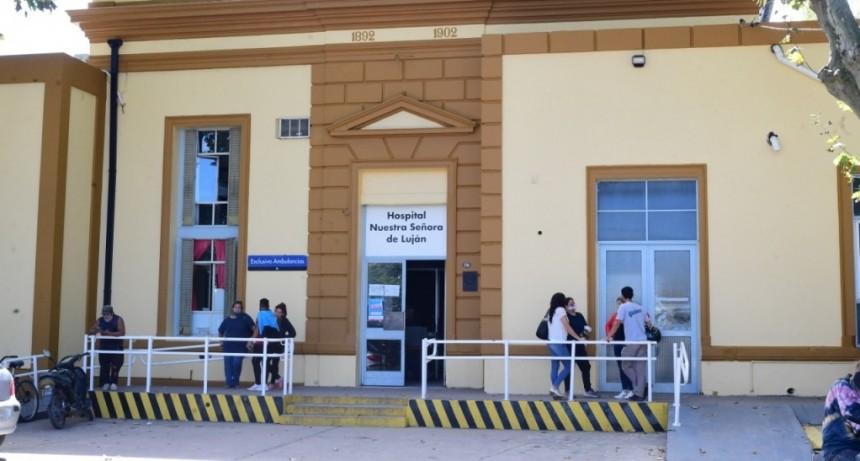 El Hospital suspende visitas y restringe la circulación de pacientes