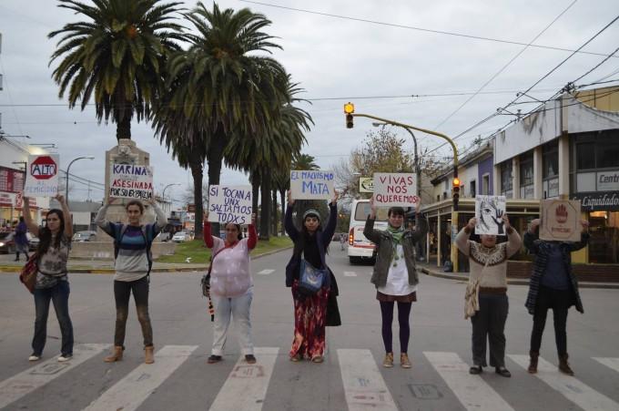 A un mes del asesinato de Karina Diaz, distintas organizaciones repudiaron el femicidio.
