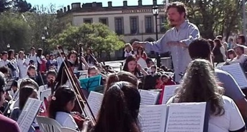 Inscriben para la Orquesta del Barrio Parque Lasa