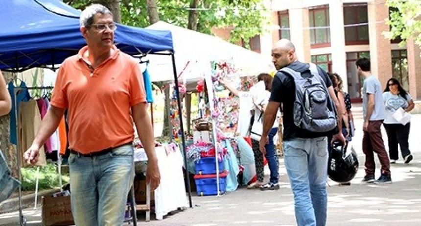 Se consolida la Feria Popular en la UNLu