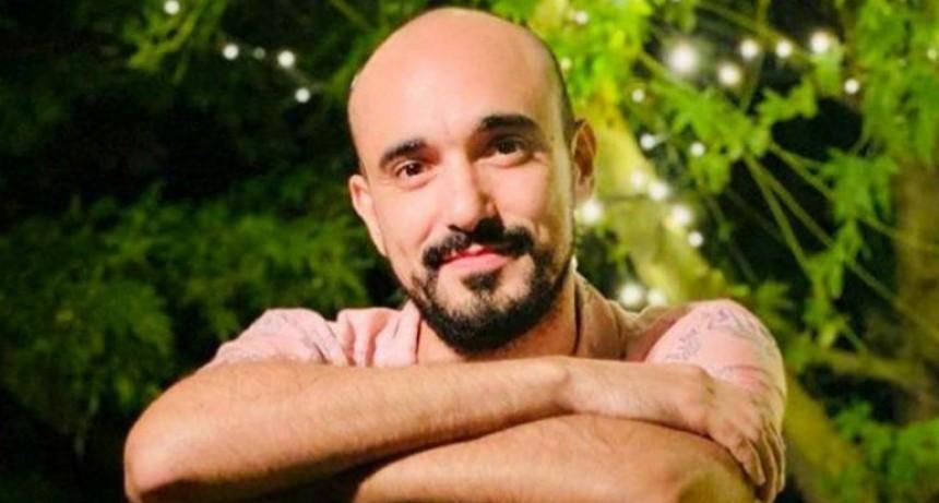 Música y Espectáculos: Abel Pintos, para los enamorados