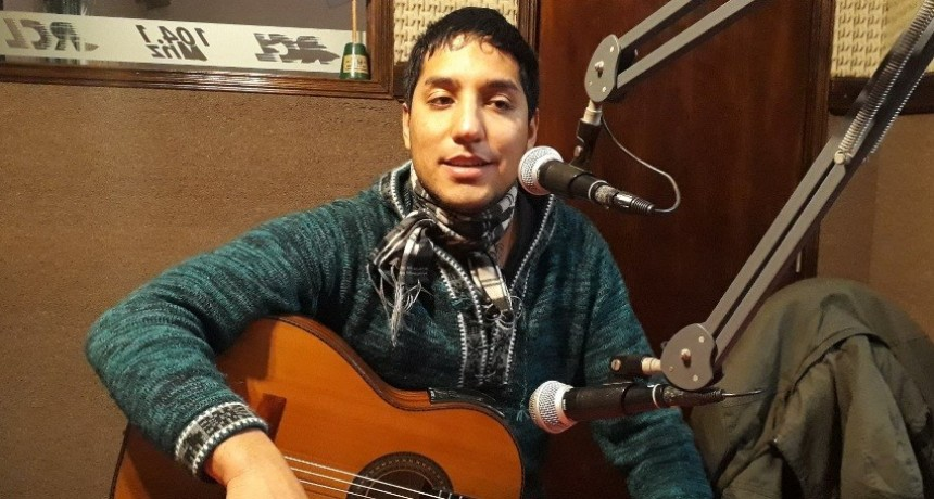 Juan Ibalo adelantó algo de su nuevo disco