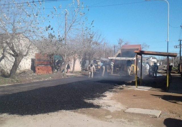 Plan de asfaltado en barrio Ameghino