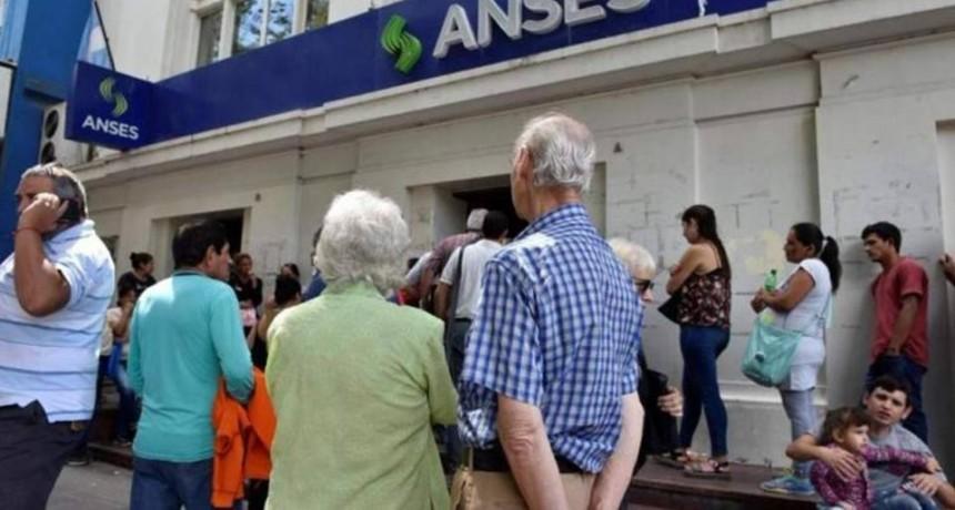Información Previsional: Jubilados perdieron un 70% del poder adquisitivo