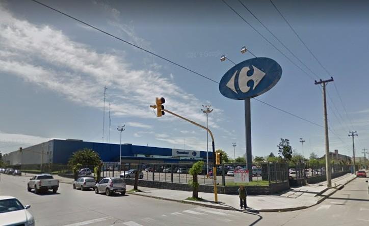 Carrefour volvió a abrir sus puertas