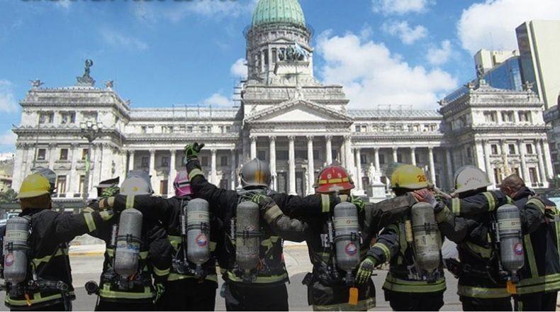 Bomberos reclaman por desfinanciamiento