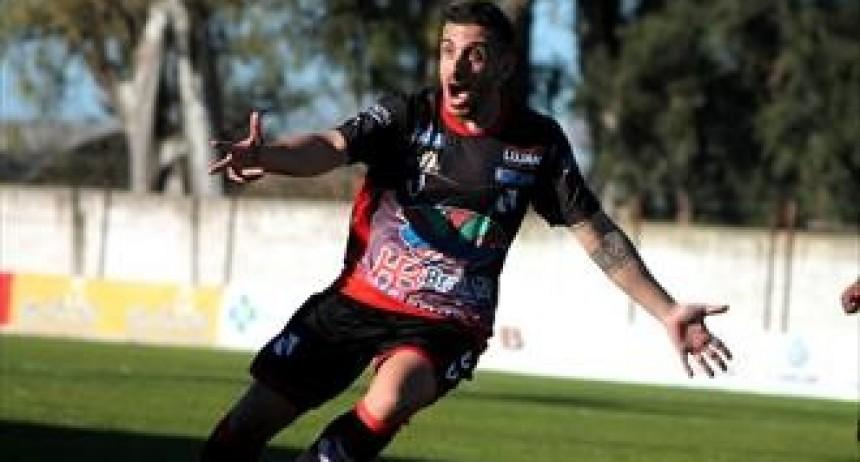 Luján goleó en el debut ante su gente
