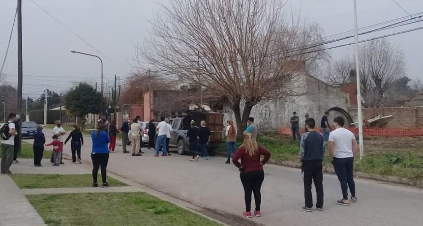 """Bº Juan XXIII: """"No se puede permitir una antena en el medio del barrio"""""""