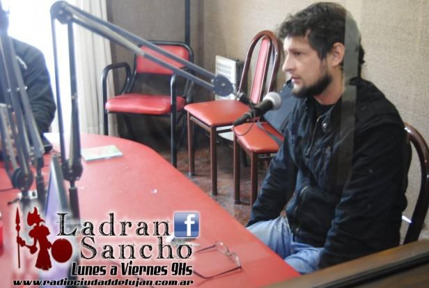 Nos visita Pedro Luna adelantando el nuevo material de Mil Bares