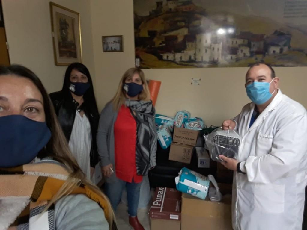 El Club de Leones realizó donaciones al Hospital