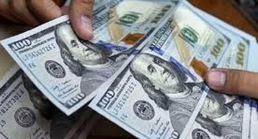 Dólar: brecha, presión y venta de reservas