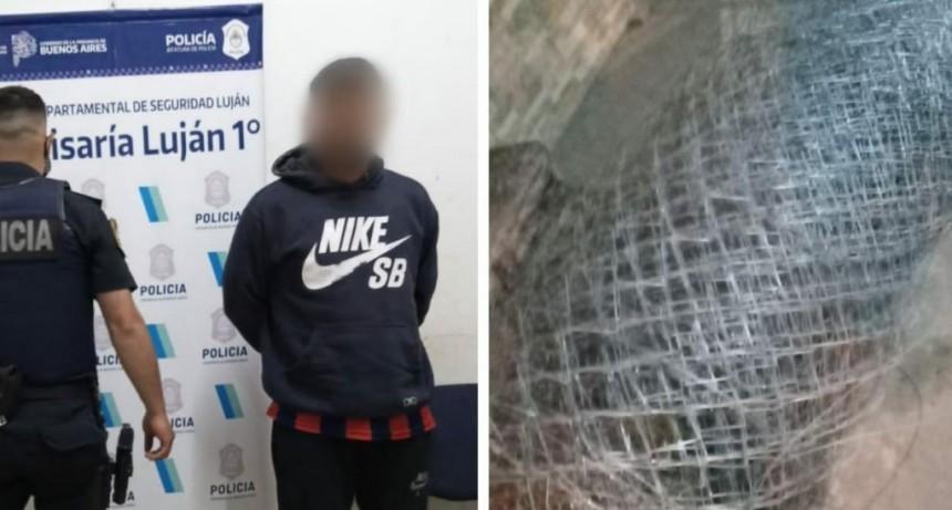 Aprehendieron a dos personas vendiendo el alambrado robado en El Mirador