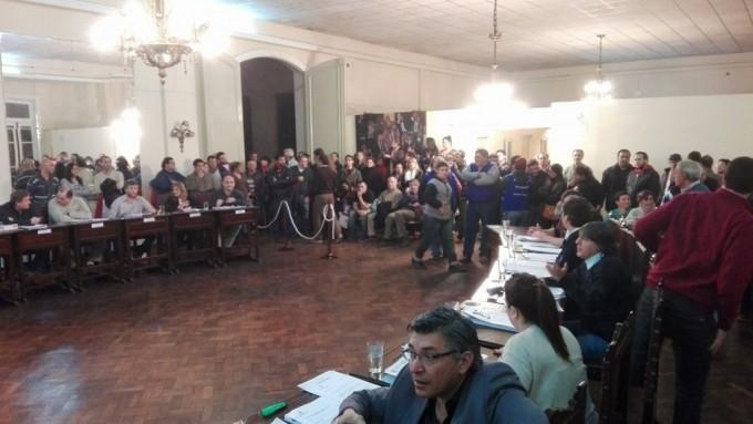 Luciani pide facultades, los concejales las debaten hoy