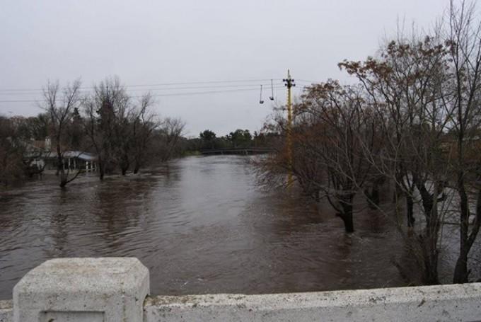 El municipio comunicó que se mantiene el alerta por pronostico de lluvias