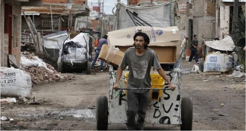 """""""La pobreza y la represión amenazan a la democracia"""