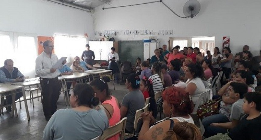 Dieron a conocer la lista de beneficiarios de las viviendas del barrio Santa Marta