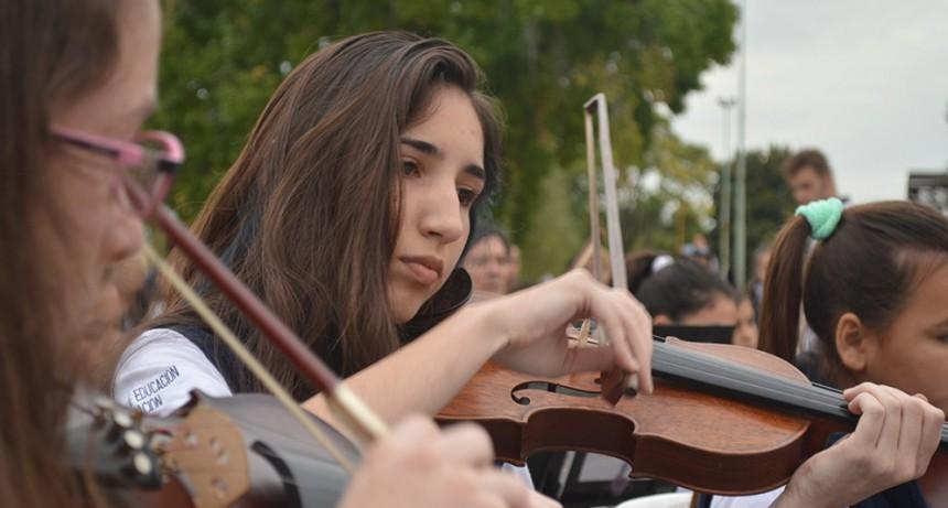 La Orquesta del Parque Lasa celebra su 8° aniversario