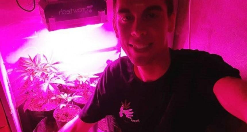 Un joven fue requisado por usar una remera con una hoja de cannabis
