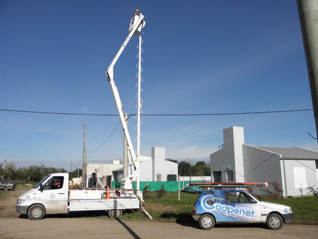 Con fondos de Nación, llegará la fibra óptica de Coopenet a seis barrios populares