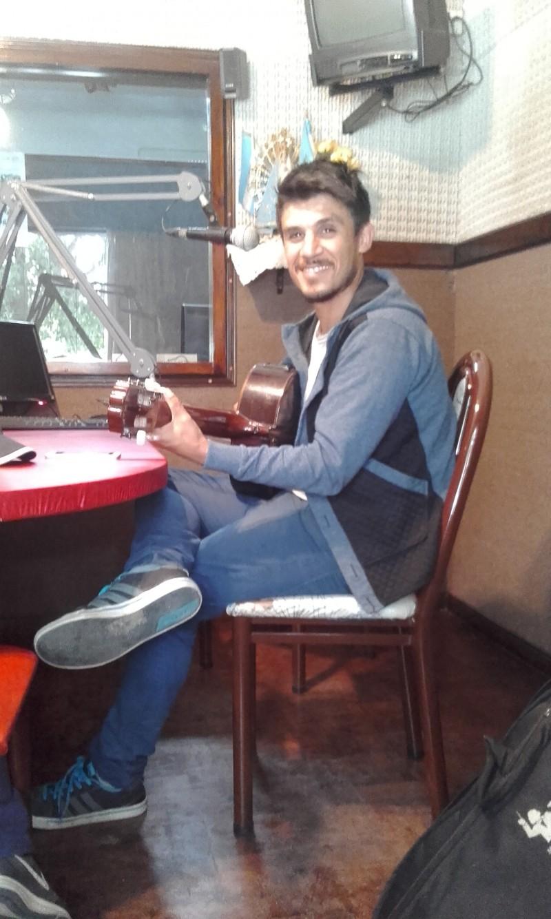 Nahuel Lobos presenta su nuevo disco