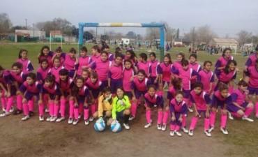 Vecinos del barrio San Jorge piden un lugar para el taller de fútbol femenino