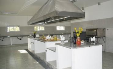 Se inauguró la cocina del Instituto Fermín Mignone