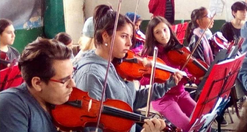 Las orquestas juveniles cada día tocan mejor